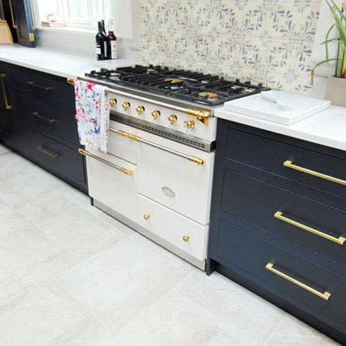 navy blue shaker kitchen cabinets with Lacanche Range Cooker